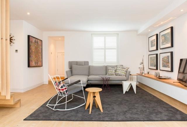 Mendesain Ruang Santai dengan Desain Klasik